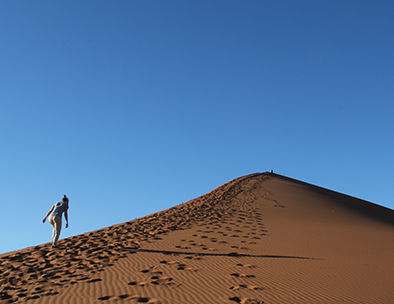 Climbing Sossusvlei - Fly Drive Tours